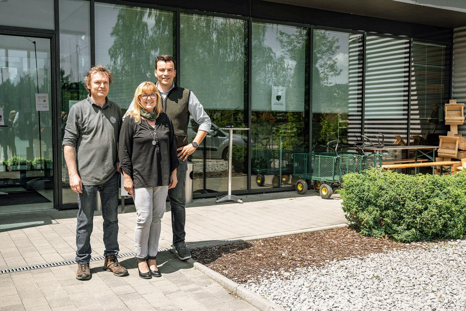 Büchsenmacher Gerald Artner, Doris Fürster (Büro, Shop), Leiter Carolus Haschka (v. l. n. r.) - © Barbara Marko