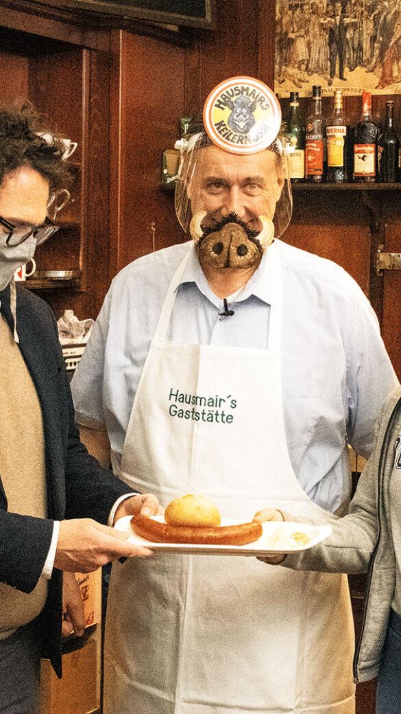 """Hausmair öffnet nach Corona - Herbert Hausmair, der """"Wilde Wirt vom Lerchenfeld"""", öffnet nach Corona mit Hausladen und Wildbrethandel! - © Martin Graaberger"""