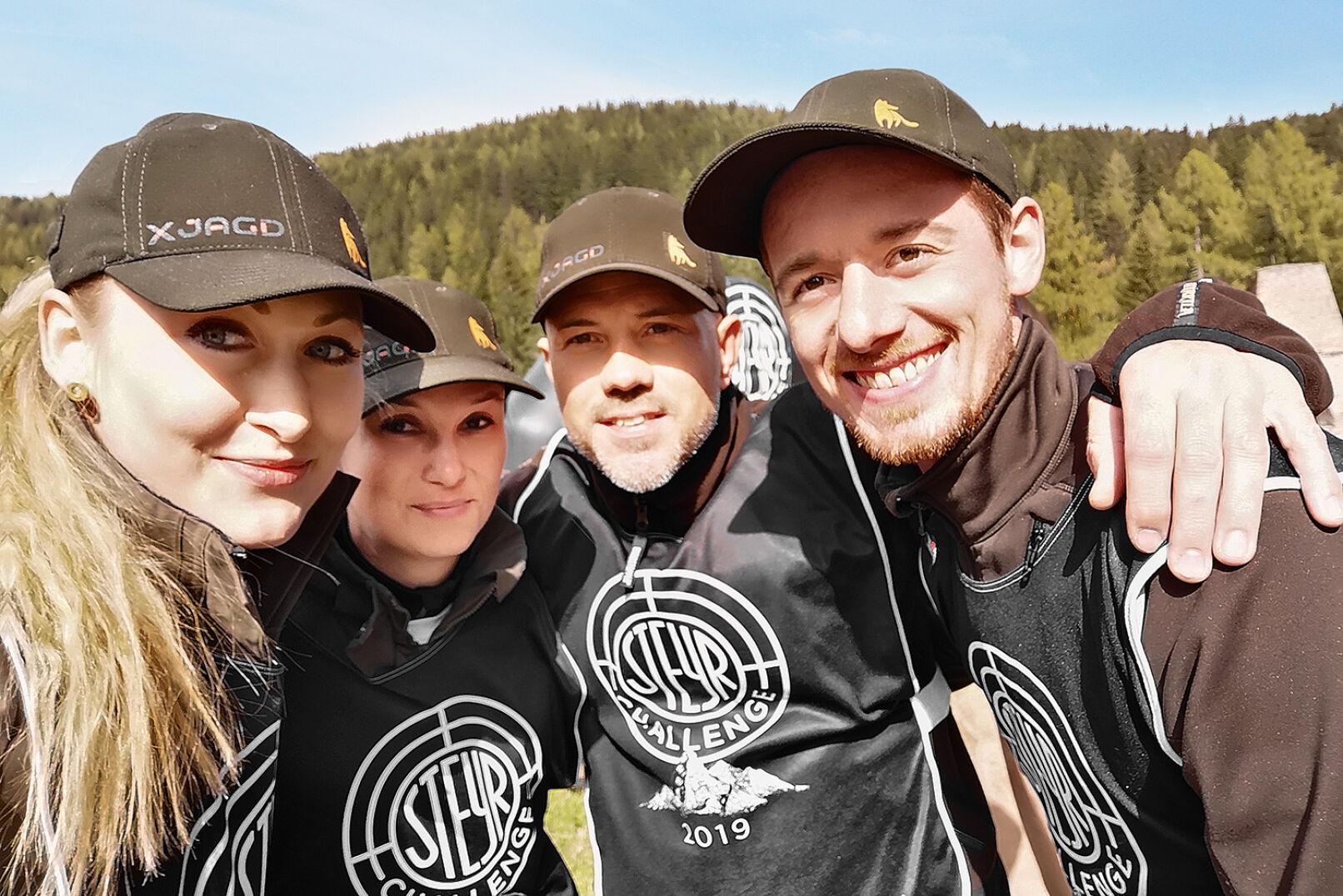 Redaktionsselfie! V. l. n. r.: Michi, Barbara, Martin und Oliver - © Michaela Landbauer