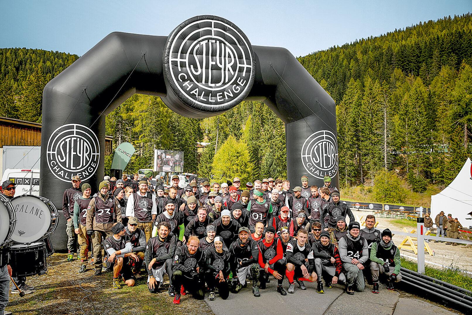 Gruppenfoto aller Teilnehmer der Steyr Challenge 2019. - © Peter Rigaud